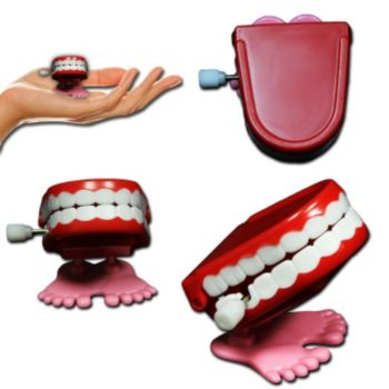 WIND UP  CHATTTER TEETH