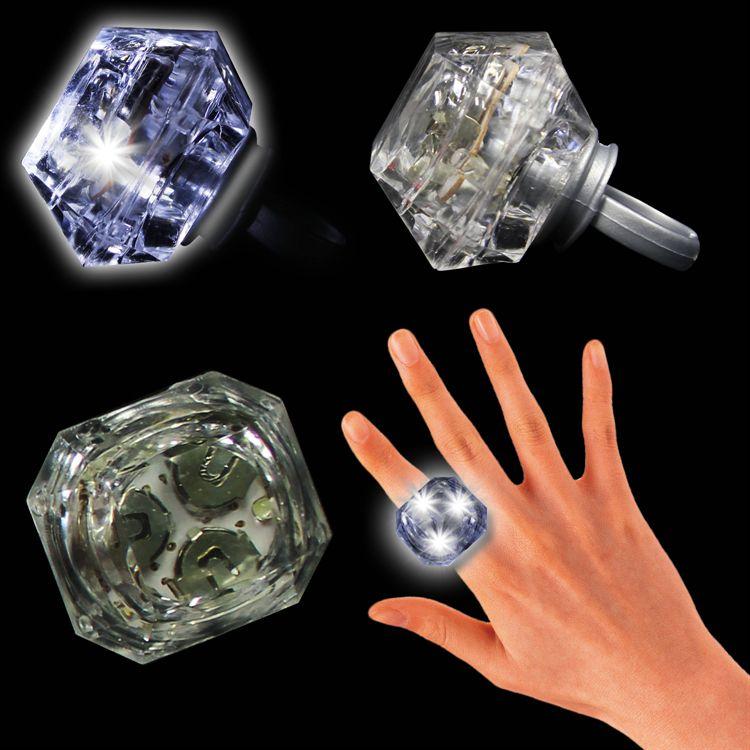 White LED and Light-Up Diamond Ring LIT288EA